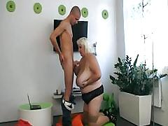 Horny guy fucks a BBW hooker hard