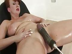 Mature screams orgasm from sex machine