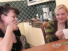 Chubby Teen Daughter Fucks A Nau...