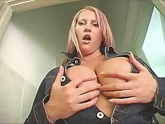 Hot Big-Titted Mature BBW Works It Solo
