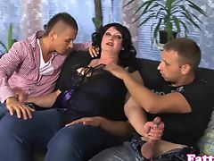 Fat milf cumsprayed on bigboobs in threesome